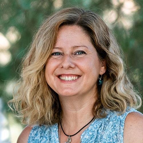 Almudena Villares
